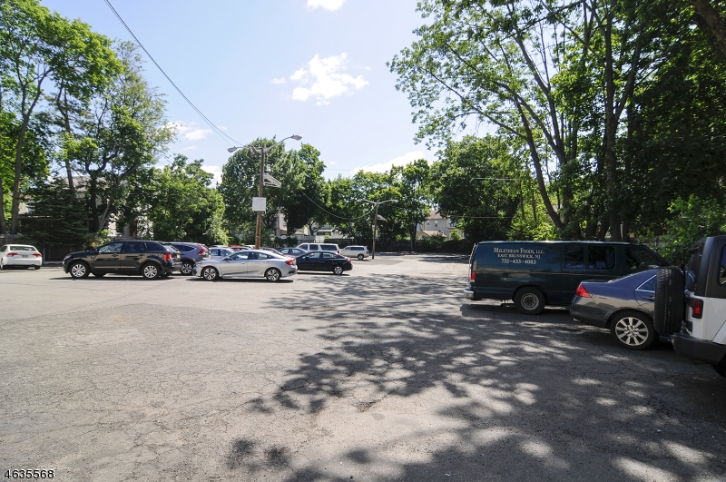 Additional photo for property listing at 1047 Broad Street  Bloomfield, New Jersey 07003 United States