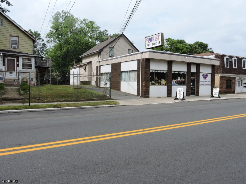 Additional photo for property listing at 124 North Avenue  Dunellen, 新泽西州 08812 美国