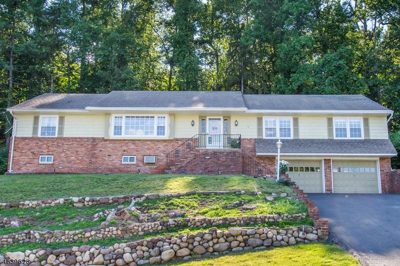 Частный односемейный дом для того Продажа на 16 Ridge Road Hawthorne, 07506 Соединенные Штаты