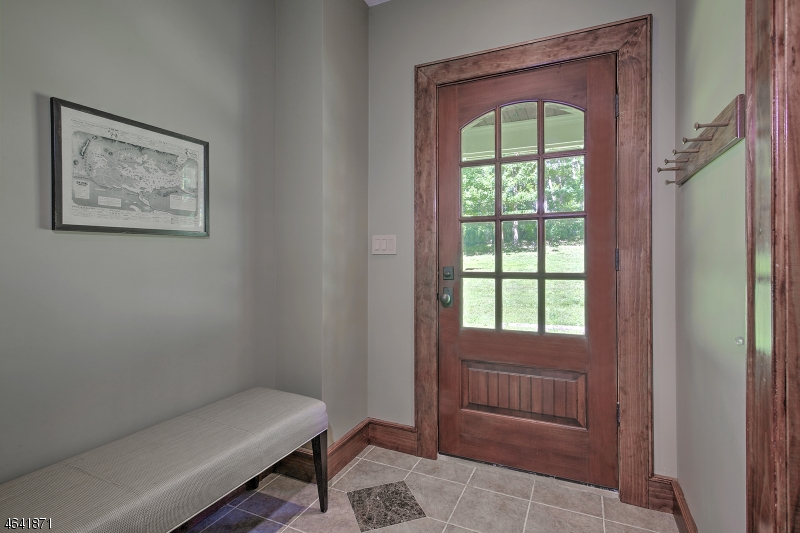 Additional photo for property listing at 6 Nesbitt Drive  Mendham, Нью-Джерси 07945 Соединенные Штаты