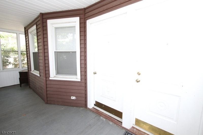 Additional photo for property listing at 25 Curtis Street  Bloomfield, Nueva Jersey 07003 Estados Unidos