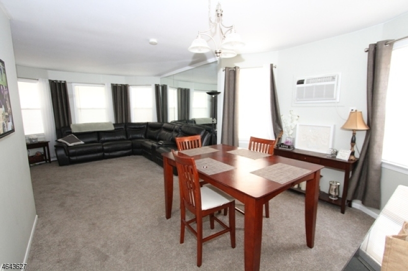 Additional photo for property listing at 25 Curtis Street  Bloomfield, New Jersey 07003 États-Unis