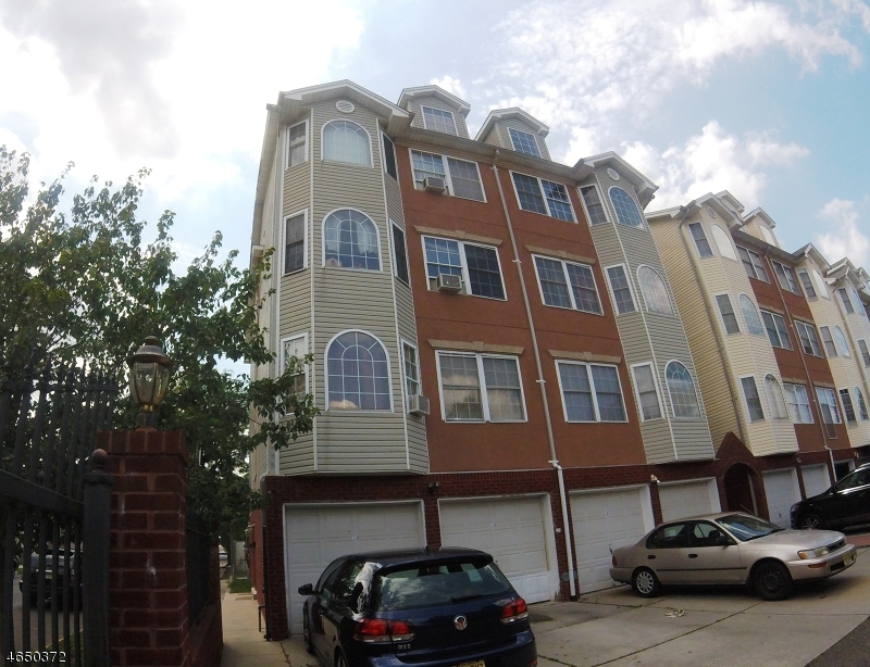 Additional photo for property listing at 566-68 PENNSYLVANIA AVE unit A  Elizabeth, Нью-Джерси 07201 Соединенные Штаты