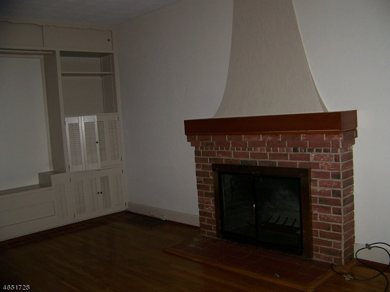 Additional photo for property listing at 675 Hillcrest Blvd  Phillipsburg, New Jersey 08865 États-Unis