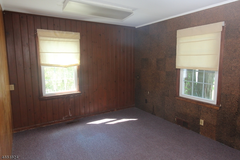 Additional photo for property listing at 3 Old Croton Road  Flemington, New Jersey 08822 United States