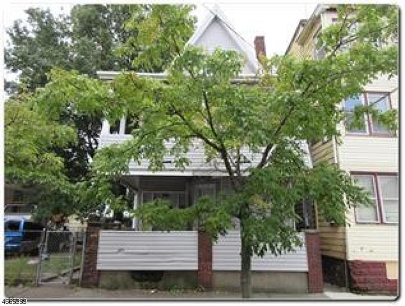 多户住宅 为 销售 在 Address Not Available Paterson, 新泽西州 07501 美国