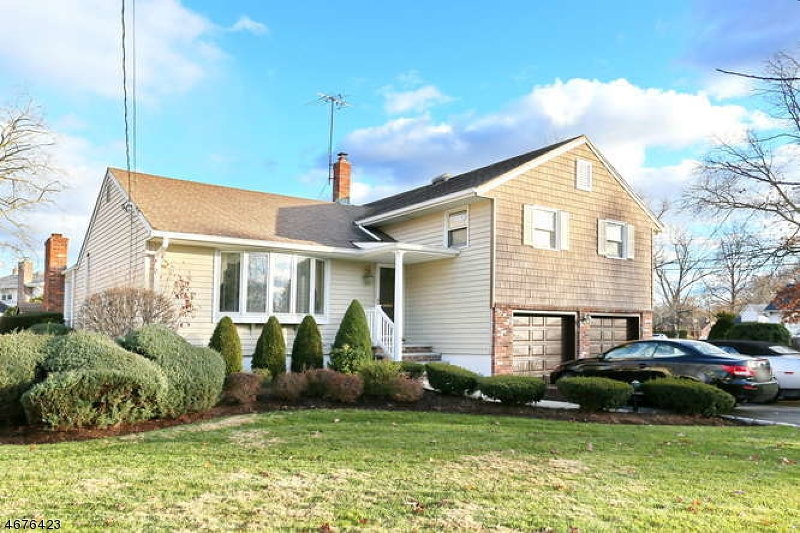 Single Family Home for Sale at 41 Hirschfield Place New Milford, New Jersey 07646 United States