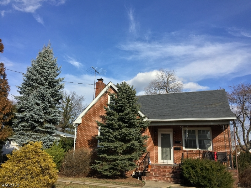 Additional photo for property listing at 100 2nd Avenue  Raritan, New Jersey 08869 United States