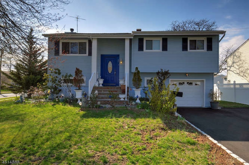Single Family Home for Sale at 52 FIELDSTONE Drive Somerville, 08876 United States