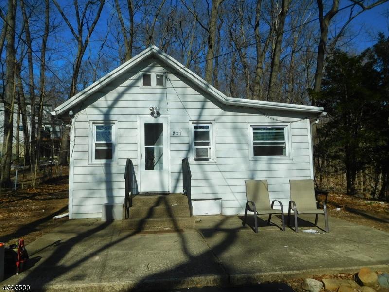 Частный односемейный дом для того Аренда на 231 Ramapo Hills Blvd Franklin Lakes, Нью-Джерси 07417 Соединенные Штаты