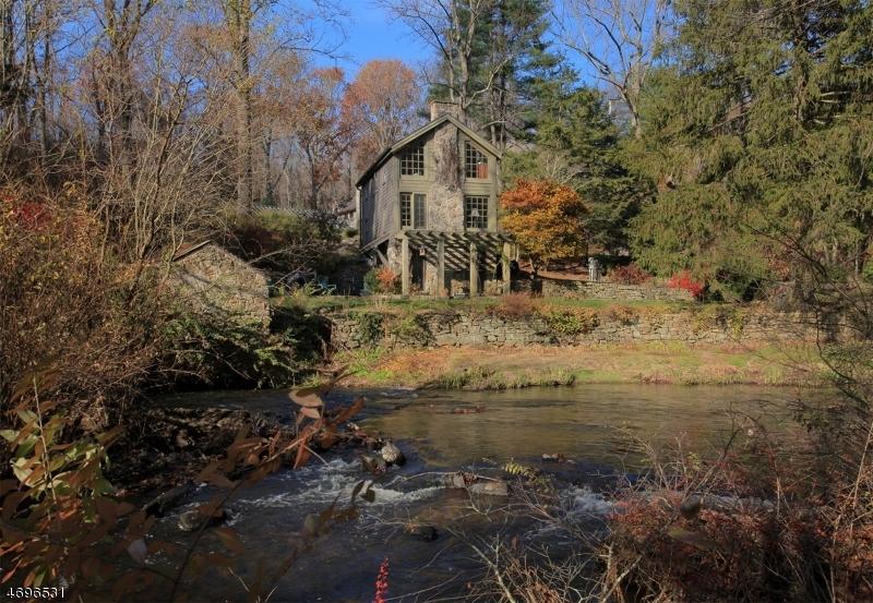 独户住宅 为 出租 在 109 Hacklebarney Road 切斯特, 新泽西州 07930 美国