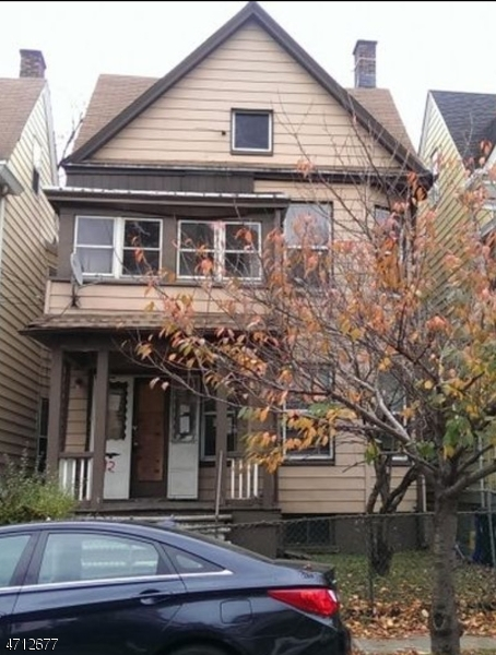 Single Family Home for Rent at 92 N Essex Avenue Orange, New Jersey 07050 United States