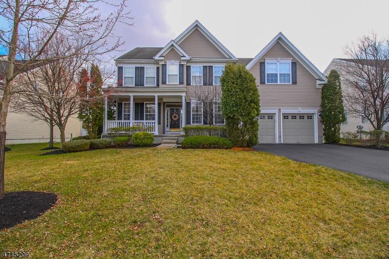 Maison unifamiliale pour l à louer à 60 Crestview Drive Clinton, New Jersey 08809 États-Unis