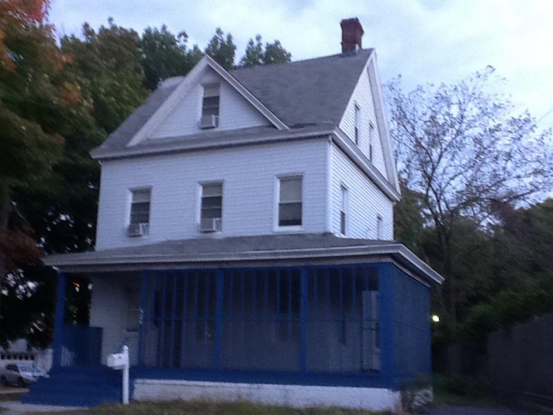 Casa Unifamiliar por un Alquiler en 420 Joralemon Street Belleville, Nueva Jersey 07109 Estados Unidos