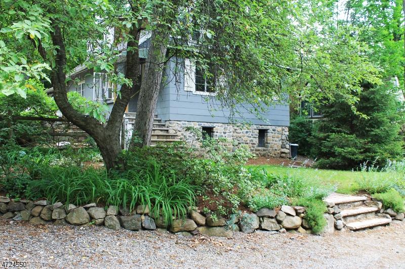 Частный односемейный дом для того Аренда на 41 Orchard Road Ringwood, Нью-Джерси 07456 Соединенные Штаты