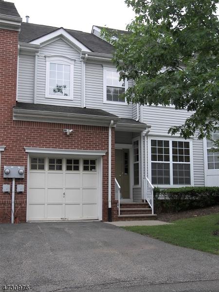 独户住宅 为 出租 在 111 Cardigan Court Parsippany, 新泽西州 07054 美国