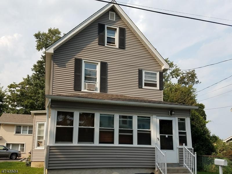 独户住宅 为 出租 在 8 Arlington Place 里弗代尔, 新泽西州 07457 美国