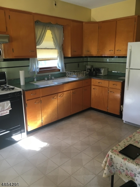 Additional photo for property listing at 1089 State Route 94  Blairstown, New Jersey 07825 États-Unis