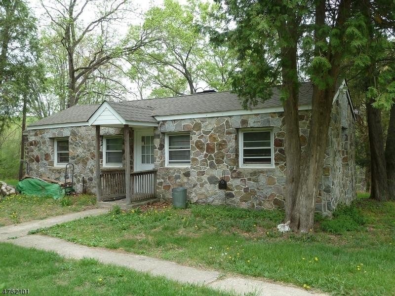 Casa Unifamiliar por un Alquiler en 20 A Vail Road Blairstown, Nueva Jersey 07825 Estados Unidos