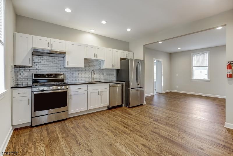 Casa Unifamiliar por un Alquiler en 12 East Street Madison, Nueva Jersey 07940 Estados Unidos