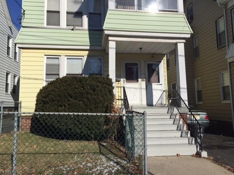 Casa Unifamiliar por un Alquiler en 255 Conklin Avenue Hillside, Nueva Jersey 07205 Estados Unidos