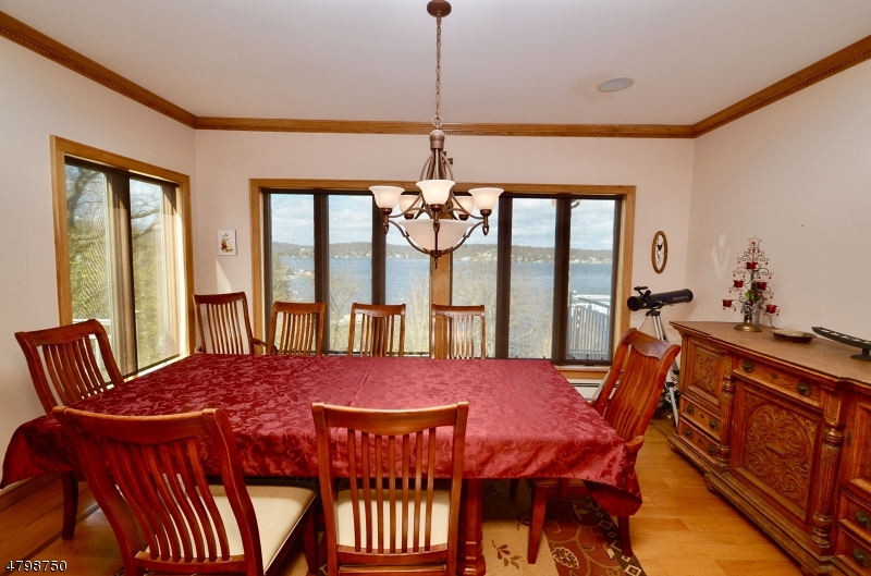 Additional photo for property listing at 41 Castle Rock Road  Jefferson Township, Nova Jersey 07849 Estados Unidos