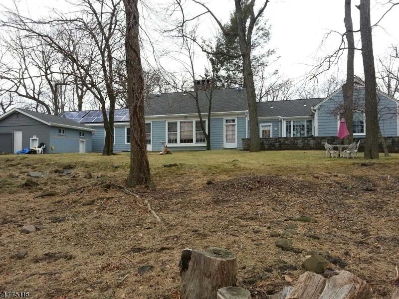 Casa Unifamiliar por un Venta en 42 Eagle Ridge Way West Orange, Nueva Jersey 07052 Estados Unidos