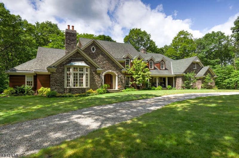 Частный односемейный дом для того Продажа на 176 ROCKBURN PASS West Milford, Нью-Джерси 07480 Соединенные Штаты