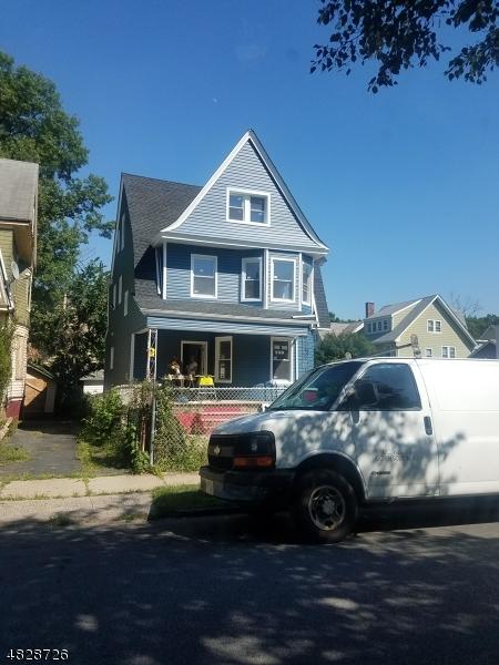 独户住宅 为 销售 在 Address Not Available East Orange, 新泽西州 07018 美国