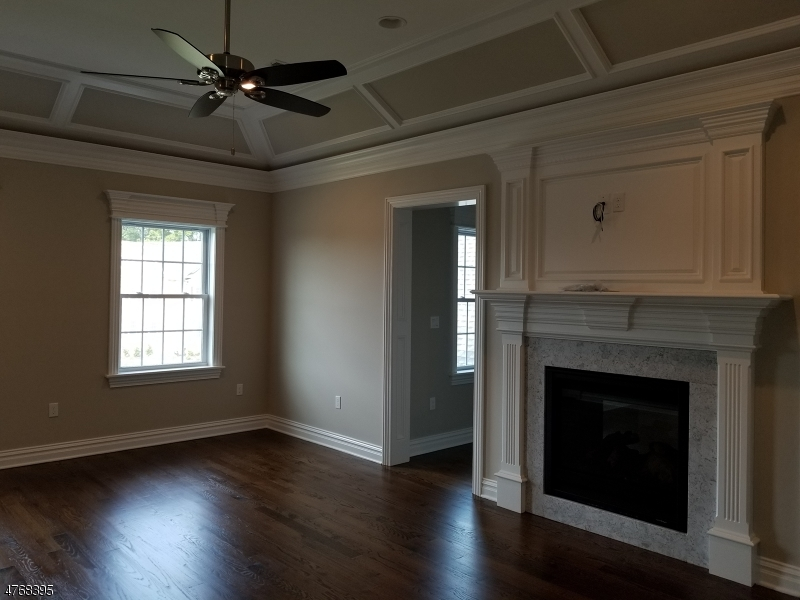 Additional photo for property listing at 14 North Crossing  Bridgewater, New Jersey 08807 États-Unis