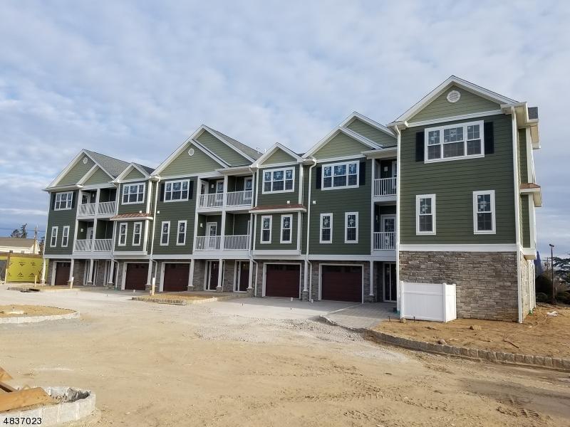 Condominio/ Casa de pueblo por un Venta en 13 Chaz Way Fairfield, Nueva Jersey 07004 Estados Unidos