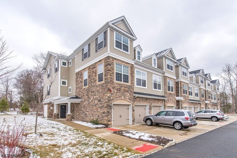 Condo / Townhouse for Sale at 302 ROTANDO WAY Morris Plains, New Jersey 07950 United States