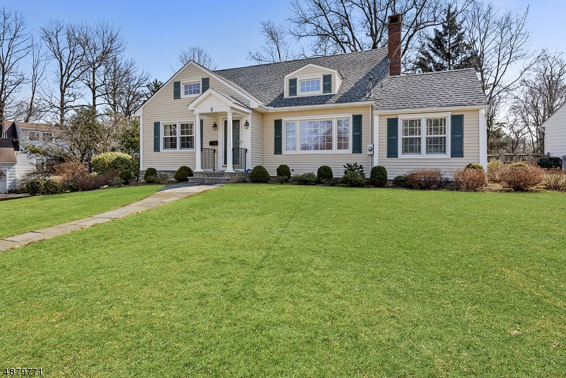Single Family Home for Sale at 8 HARVEY DR 8 HARVEY DR Summit, New Jersey 07901 United States