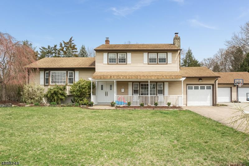 Villa per Vendita alle ore 28 WILLIAM Street Pequannock, New Jersey 07440 Stati Uniti