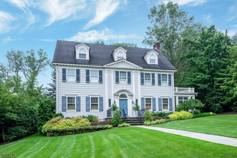 Single Family Homes für Verkauf beim Montclair, New Jersey 07042 Vereinigte Staaten