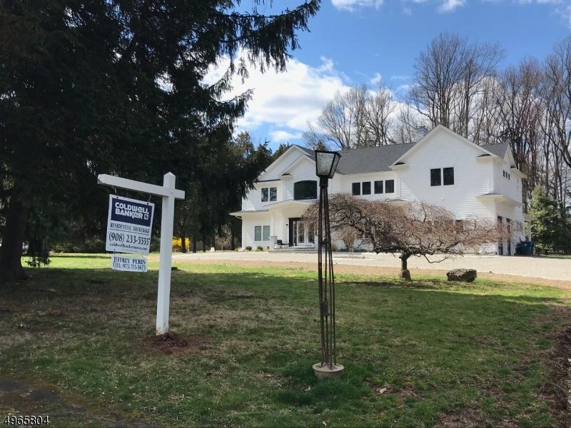 Single Family Homes per Vendita alle ore 1371 RARITAN Road Scotch Plains, New Jersey 07076 Stati Uniti