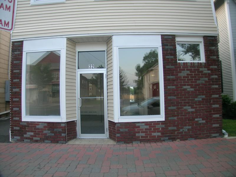 Additional photo for property listing at 32 W Somerset Street  Raritan, New Jersey 08869 États-Unis