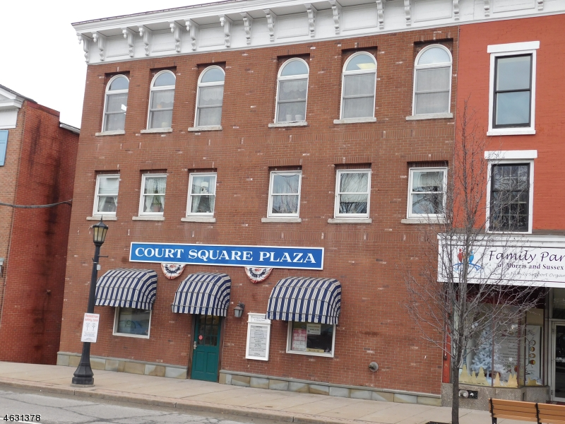 商用 为 销售 在 61 Spring Street 牛顿, 新泽西州 07860 美国