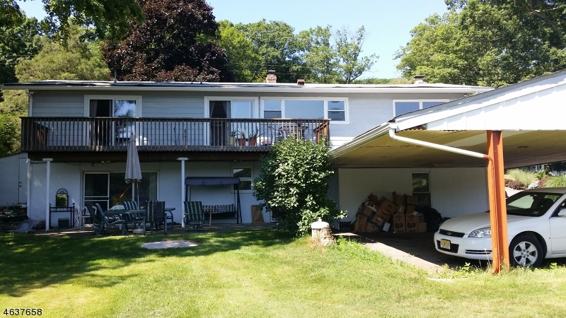 Additional photo for property listing at 313 High Crest Drive  West Milford, New Jersey 07480 United States