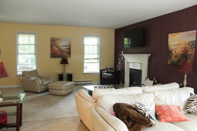 Additional photo for property listing at 775 Macopin Road  West Milford, Nueva Jersey 07480 Estados Unidos