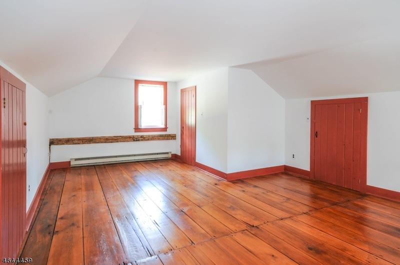 Additional photo for property listing at 98 North Main Street  High Bridge, Nueva Jersey 08829 Estados Unidos