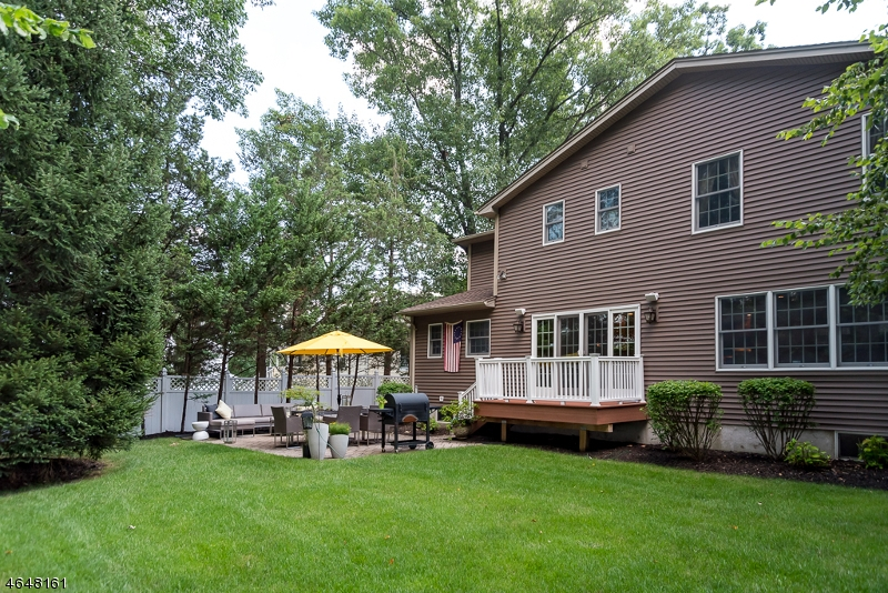 Additional photo for property listing at 26 Pine Blvd  Cedar Knolls, New Jersey 07927 United States
