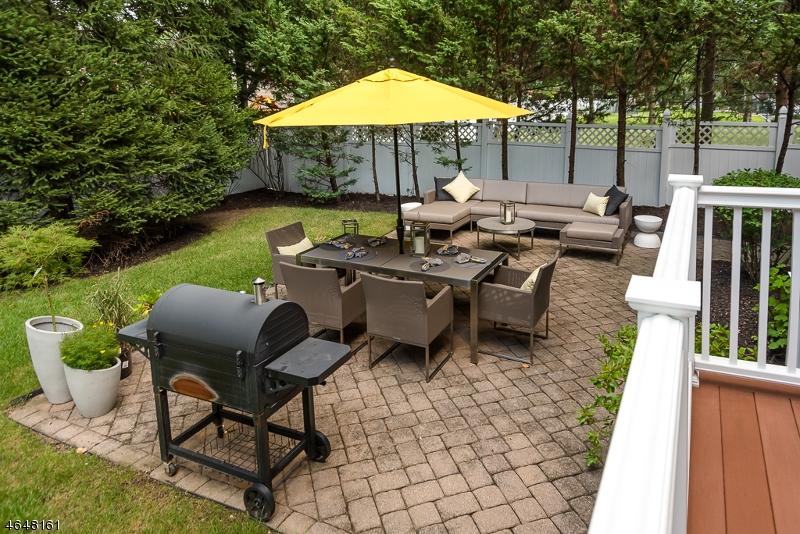Additional photo for property listing at 26 Pine Blvd  Cedar Knolls, Нью-Джерси 07927 Соединенные Штаты