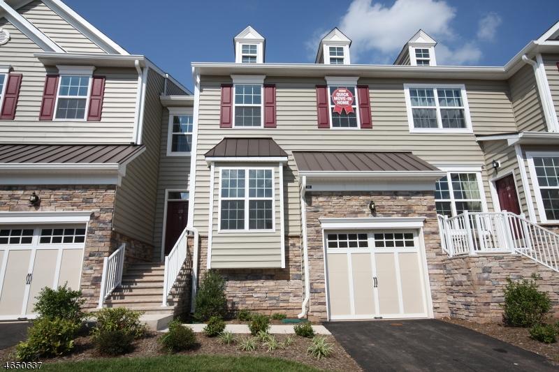 独户住宅 为 销售 在 20 Cortland Drive 斯基尔曼, 新泽西州 08558 美国