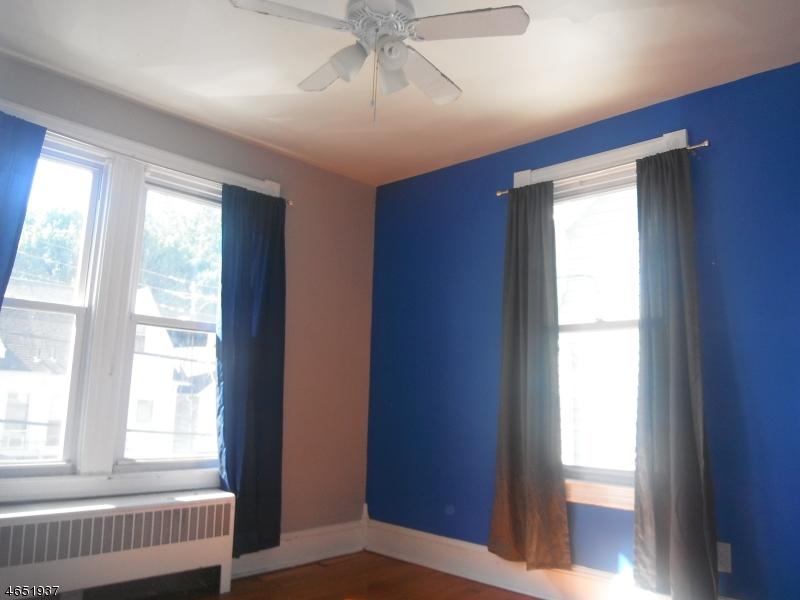 Additional photo for property listing at 17 Davis Street  Phillipsburg, 新泽西州 08865 美国