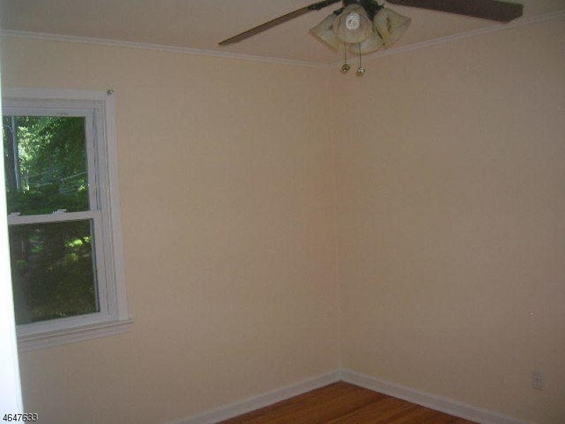 Additional photo for property listing at 26 Glenside Trail  Sparta, Nueva Jersey 07871 Estados Unidos