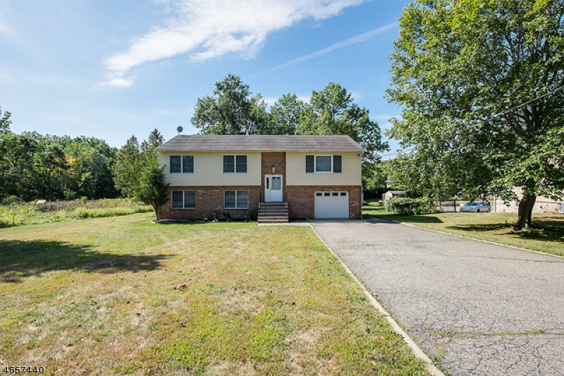 Additional photo for property listing at 14 Troy Road  Whippany, New Jersey 07981 États-Unis