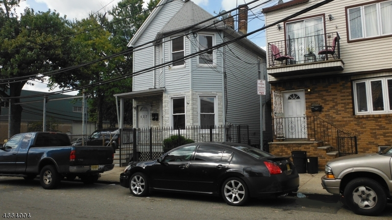 Additional photo for property listing at 527 Mulberry Street  Newark, Нью-Джерси 07114 Соединенные Штаты