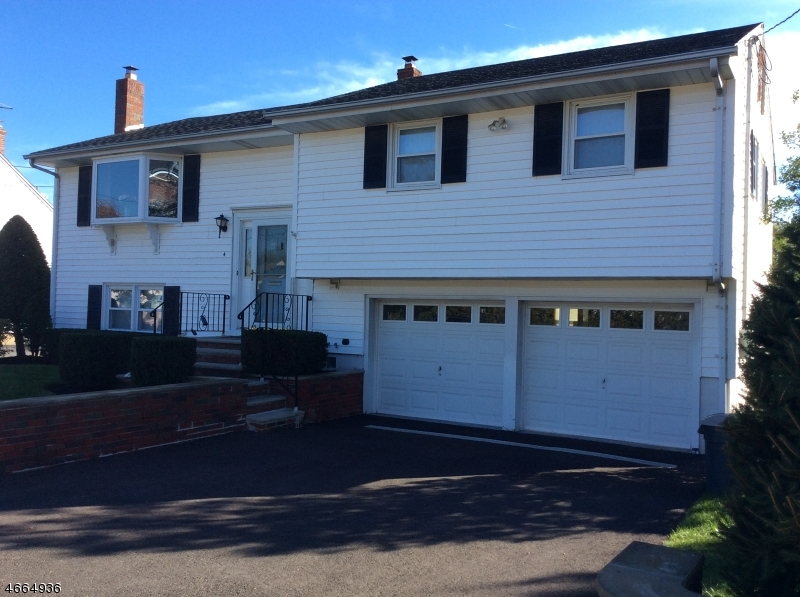 Single Family Home for Sale at 4 Jefferson Street Somerville, New Jersey 08876 United States