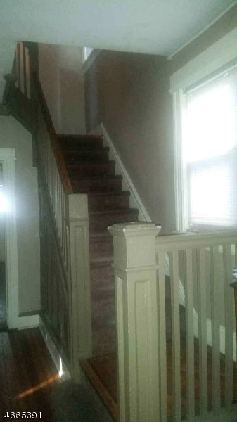 Additional photo for property listing at 54 Clifford Street  East Orange, New Jersey 07018 États-Unis